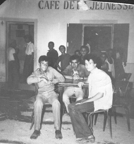 Terrasse du café de la Jeunesse ex Santo,1972