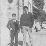 <b>Deux Jeunes le jour de l'Aid El-kébir,Ain-Oulmène 71-72</b> <br /> Mourad Belkacem Nacer à droite et Abdelwahab Guemazi